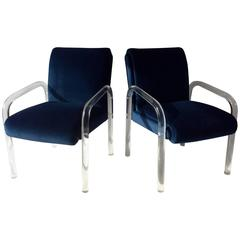 Pair of Vintage Lucite Arm Chairs, Manner Charles Hollis Jones or Lion In Frost