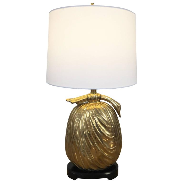 Mid Century Brass Asian Style Bundle Table Lamp By Chapman, 1960s For Sale
