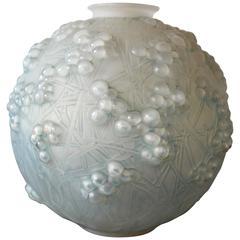 René Lalique Art Deco Druide Vase