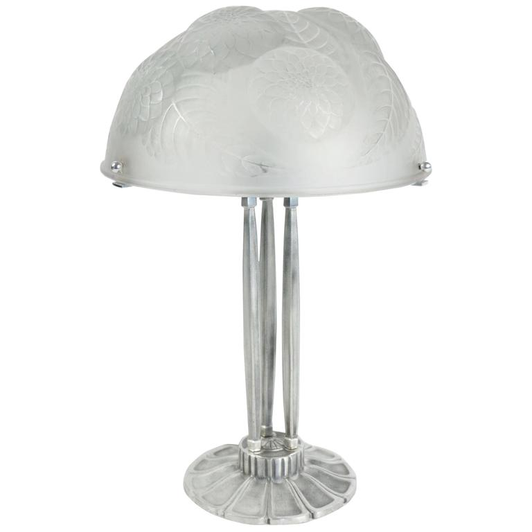dalhias table lamp on silver bronze base is no longer available. Black Bedroom Furniture Sets. Home Design Ideas