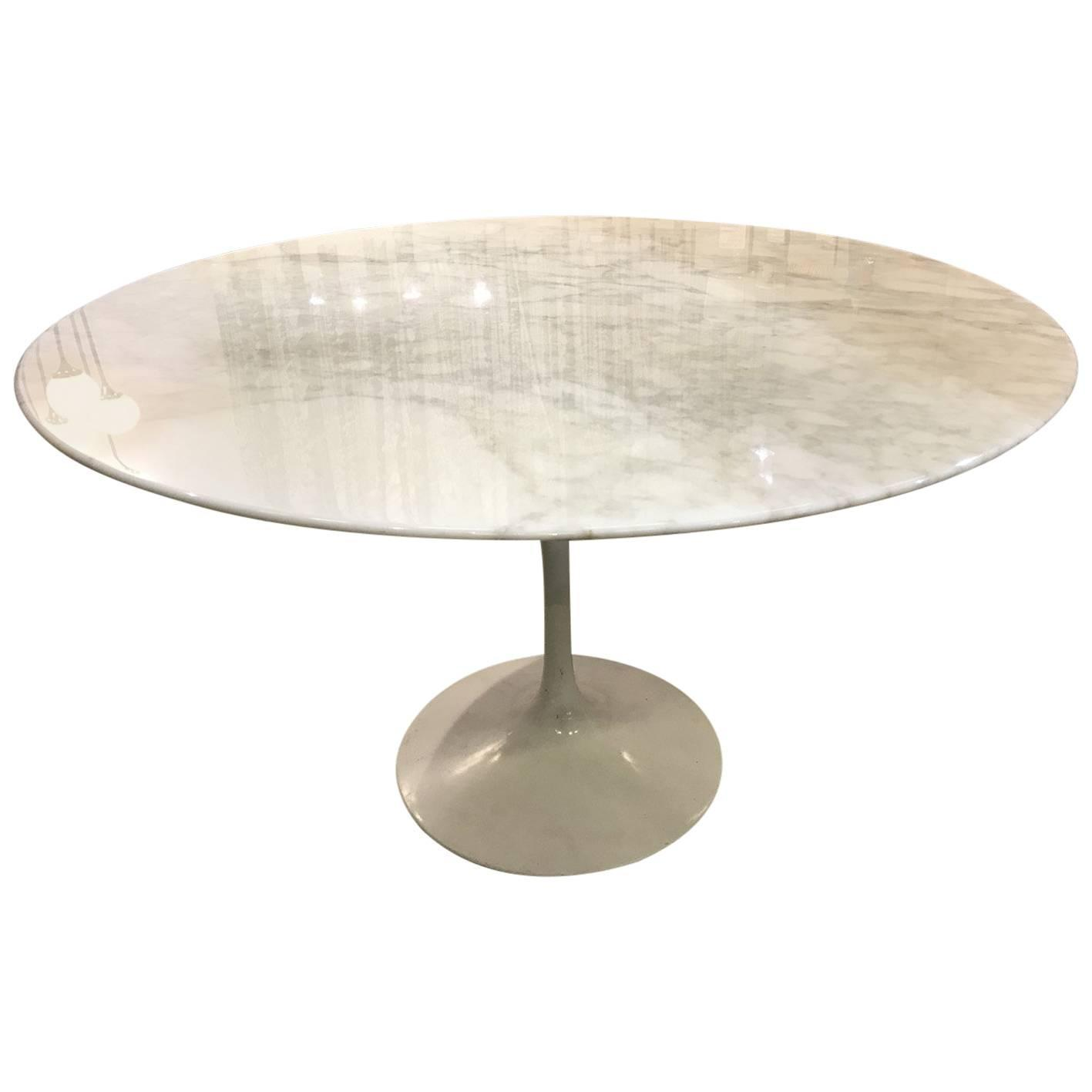 Eero Saarinen Calacatta Marble Tulip Table Knoll Edition at 1stdibs