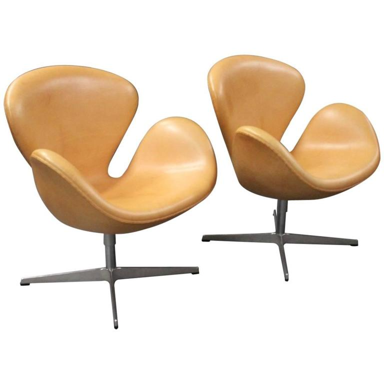 Pair of swan chairs model 3320 by arne jacobsen and for Swan chairs for sale