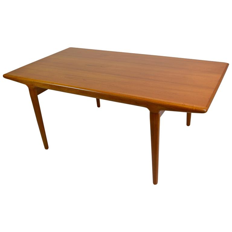 Danish Modern Teak Dining Table by Niels Moller For Sale