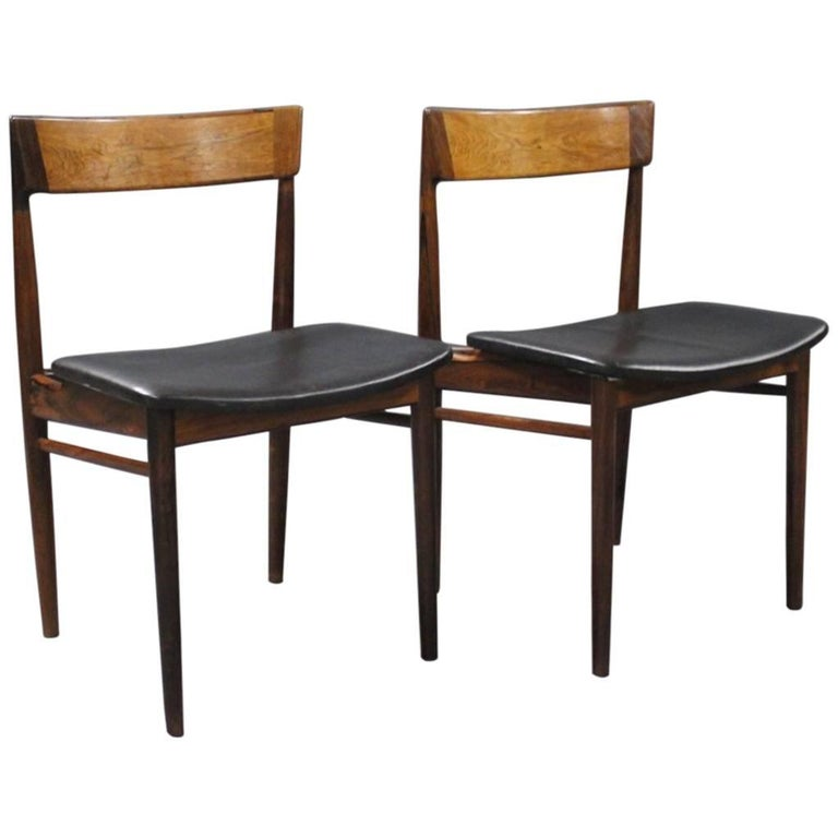 Pair of Chairs, Model 39, by Henry Rosengren Hansen, 1960s For Sale