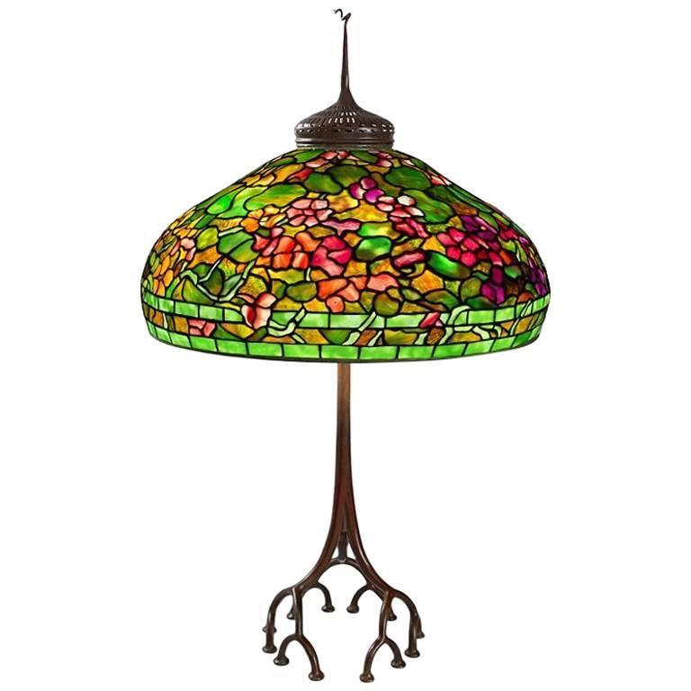 tiffany studios new york nasturtium table lamp for sale at 1stdibs. Black Bedroom Furniture Sets. Home Design Ideas