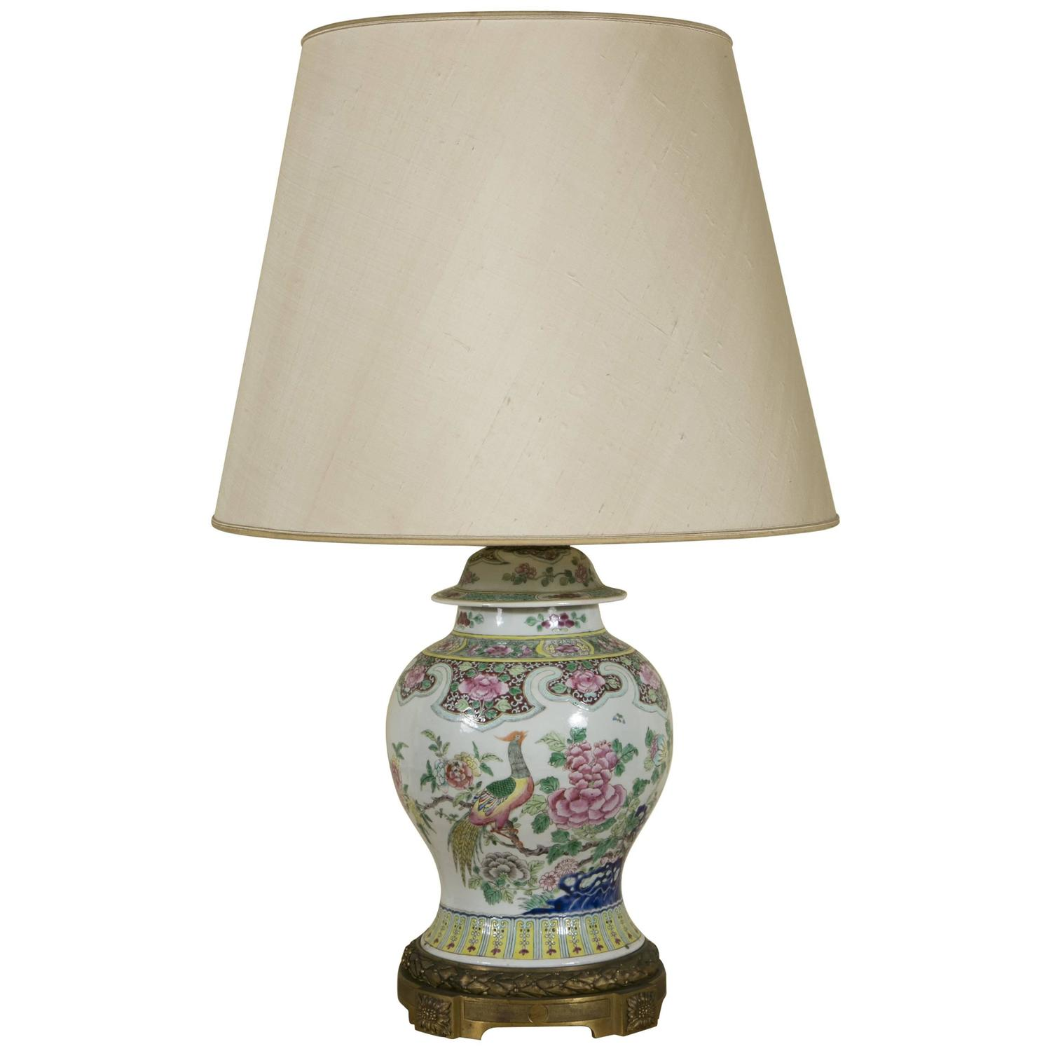 19th Century Chinese Jar With Cover Lamp Monted On Gilt Bronze Base For Sale At 1stdibs