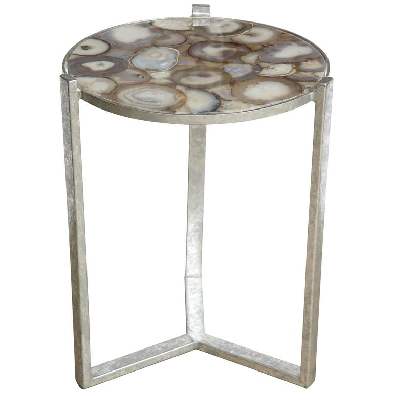 Geode Agate Slice Top Side Table at 1stdibs : 6489113l from www.1stdibs.com size 768 x 768 jpeg 32kB