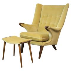 Svend Skipper Papa Chair and Ottoman in Gold from the 1960s