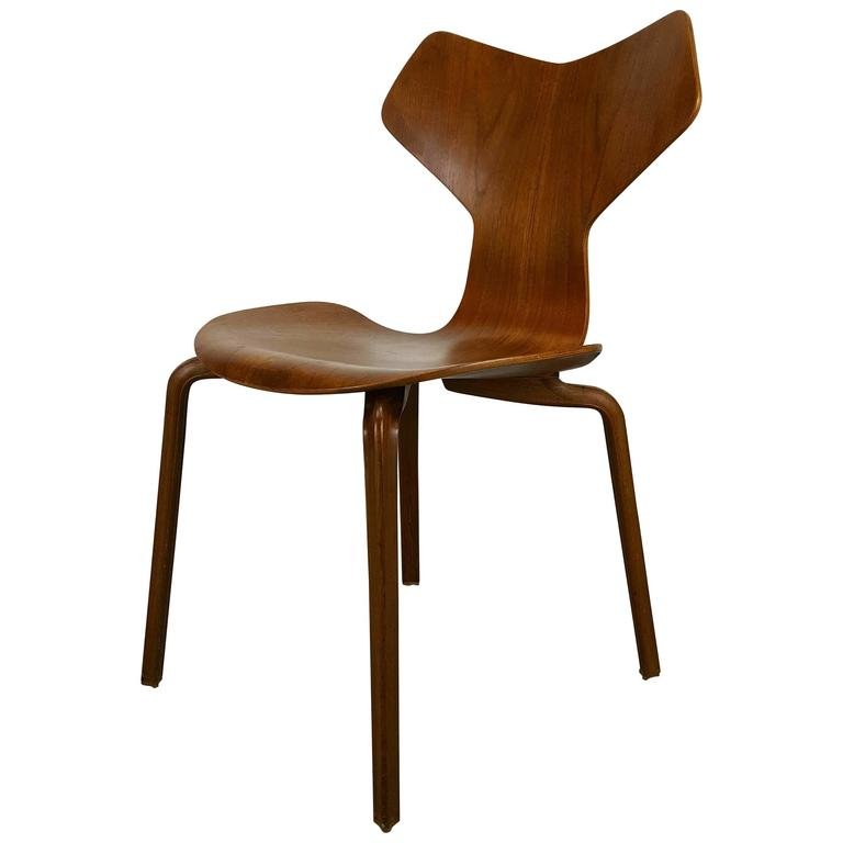 first edition grand prix chair by arne jacobsen for fritz. Black Bedroom Furniture Sets. Home Design Ideas
