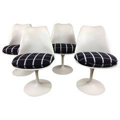 Saarinen Tulip Chairs by Knoll