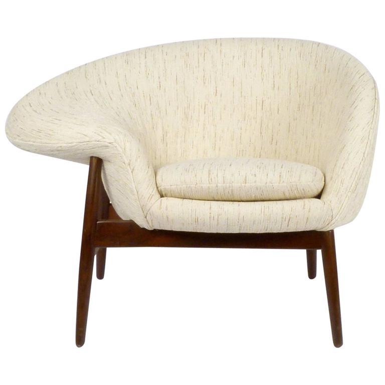 Hans Olsen Fried Egg Chair 1