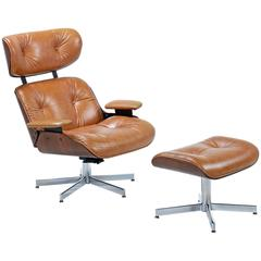 Mid-Century Modern Eames Style Lounge Chair and Ottoman