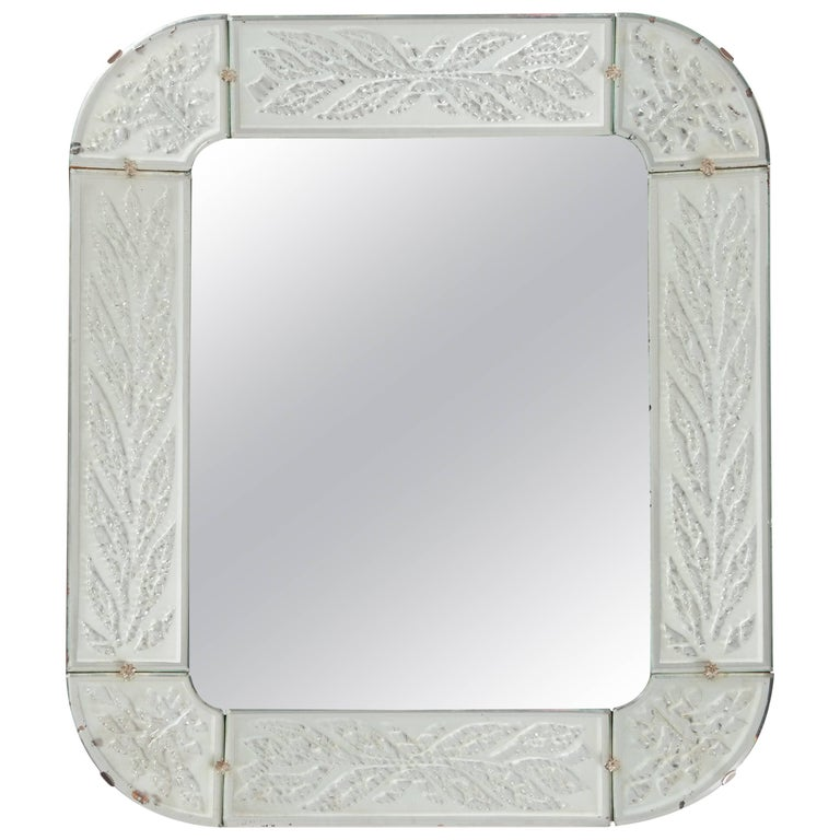 Swedish Art Déco Mirror, Fine Engraving with Circular Leaves For Sale