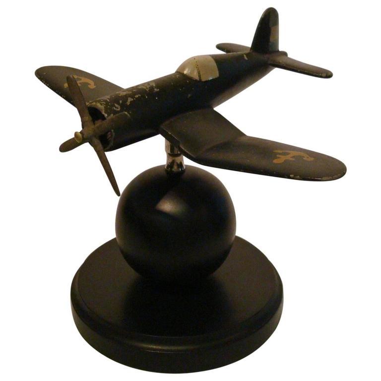 Art Deco Airplane Fighter Desk Model Vought F4u Corsair, 1940s