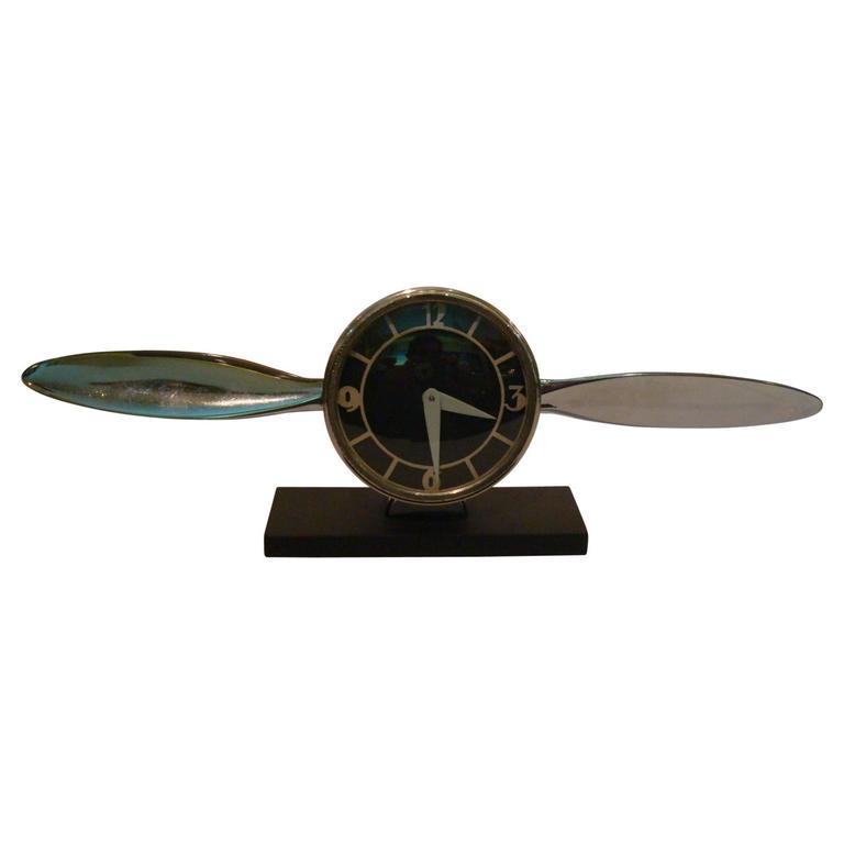 Streamline Airplane Propeller Desk Clock