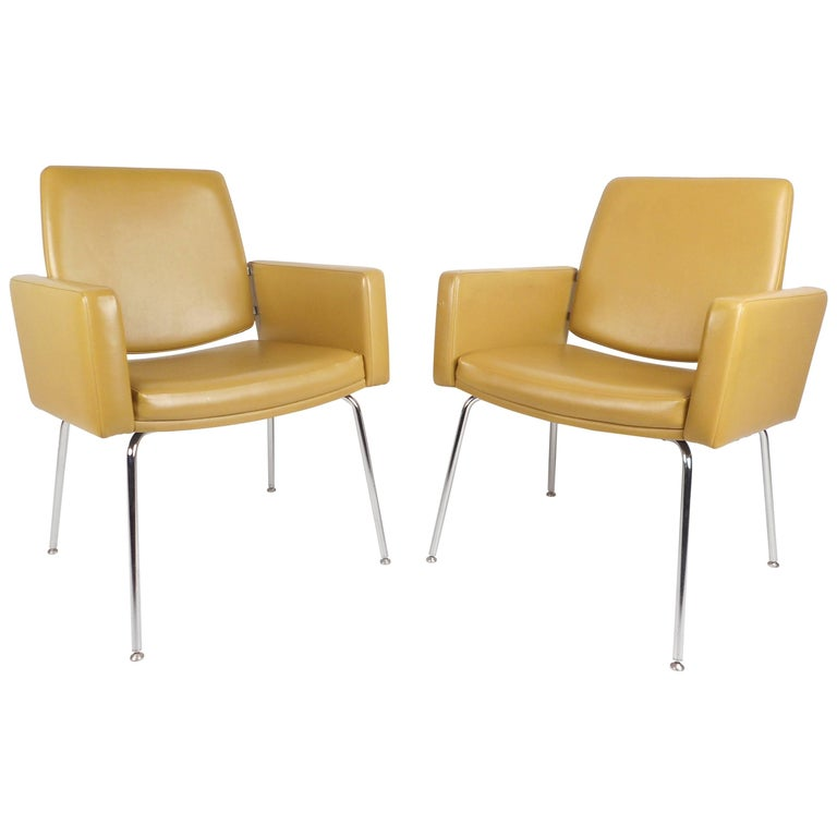 Mid-Century Modern Lounge Chairs by J.G. Furniture Company For Sale