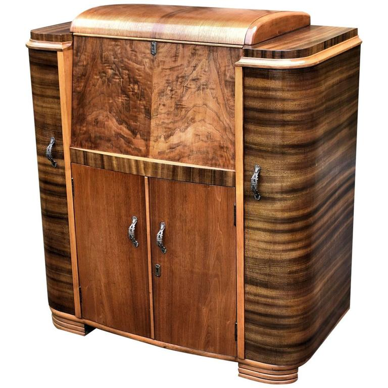 Nice 1930s Odeon Art Deco Walnut Cocktail Cabinet For Sale