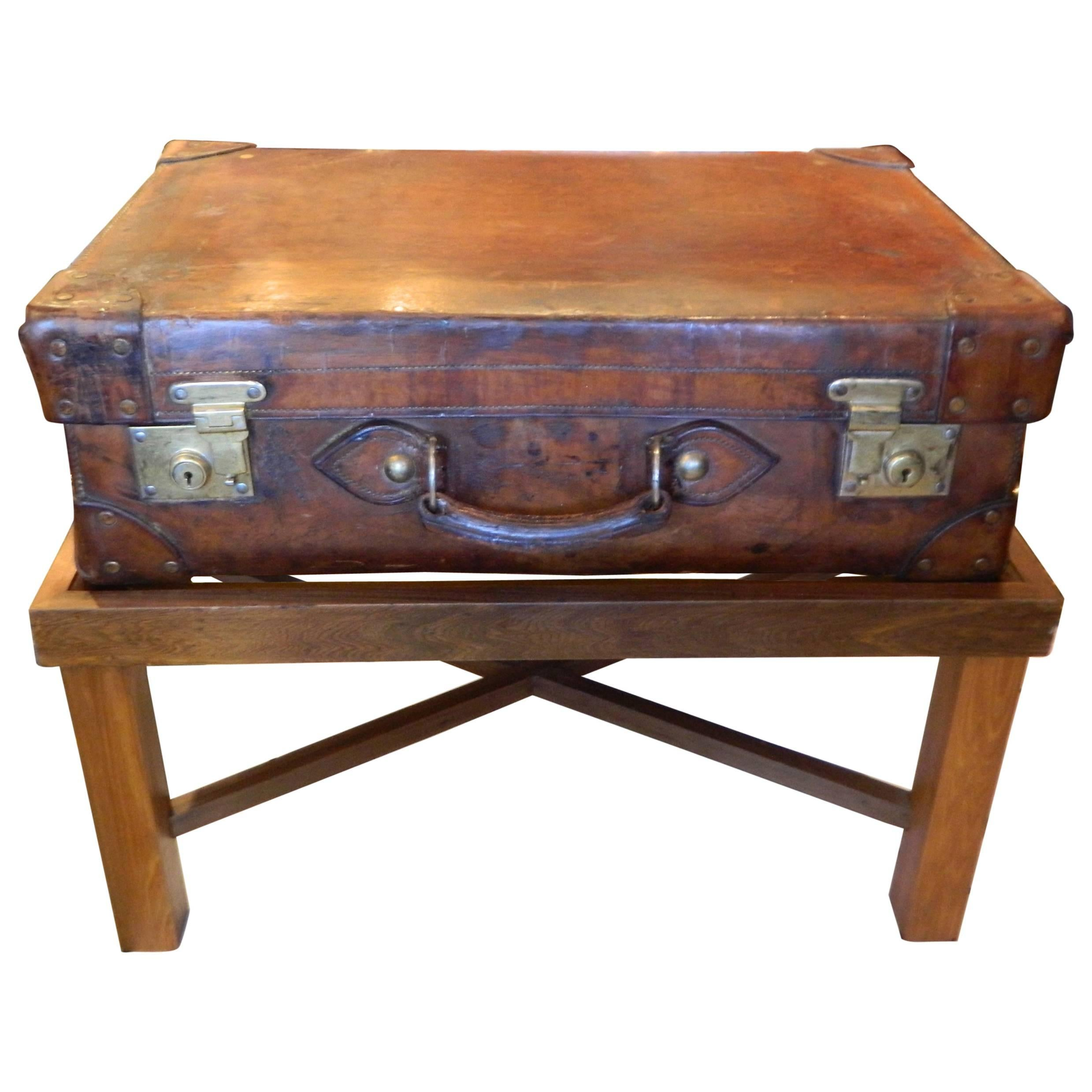 Attirant English Leather Suitcase Adapted As A Coffee Table On Later Stand, 19th  Century For Sale At 1stdibs