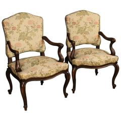 20th Century Pair of Italian Armchairs in Fabric