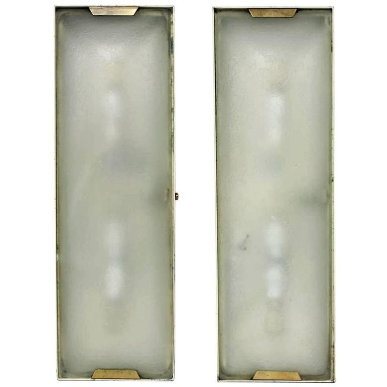 Etched Glass Wall Lights : Pair of Early Stilnovo Brass and Acid Etched Glass Wall Lights Model 1139 For Sale at 1stdibs