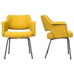Pair of Saarinen Style Armchairs