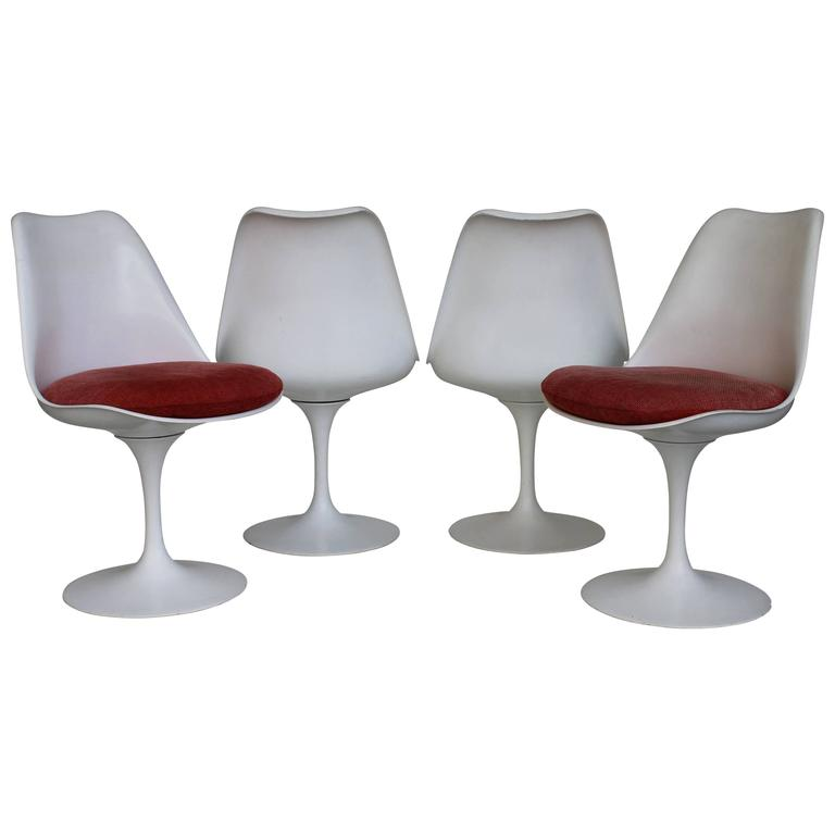 Four Eero Saarinen Tulip Swivel Chairs First Edition For Sale At 1stdibs