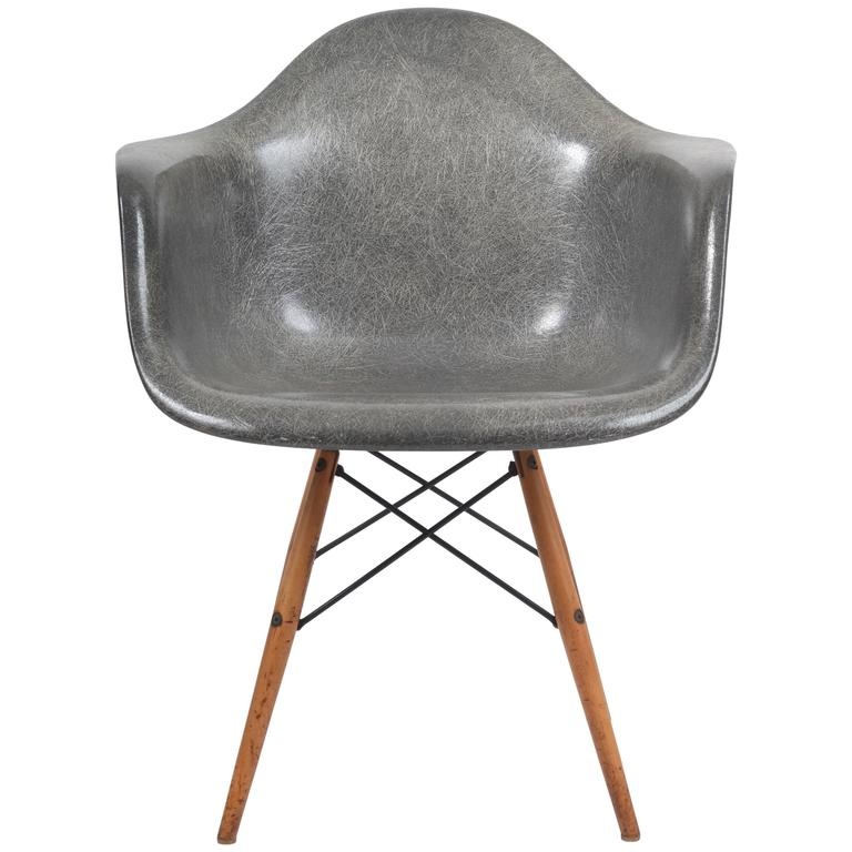 Exceptionnel 1950s Herman Miller Grey Zenith Manufactured Rope Edge Fiberglass Eames  Chair For Sale