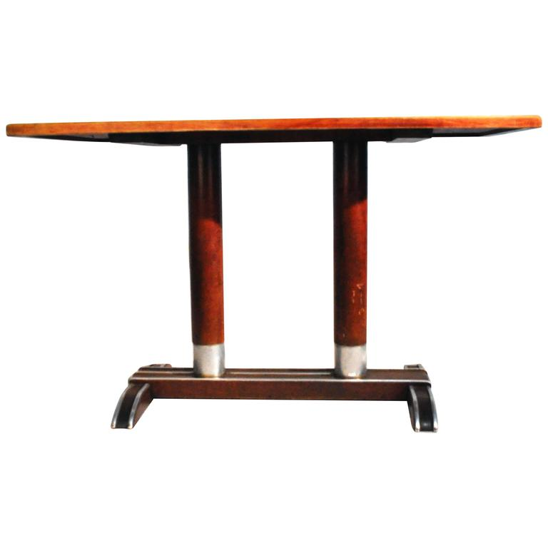 French Vintage Bistro Table For Sale at 1stdibs : 6559493l from www.1stdibs.com size 768 x 768 jpeg 17kB