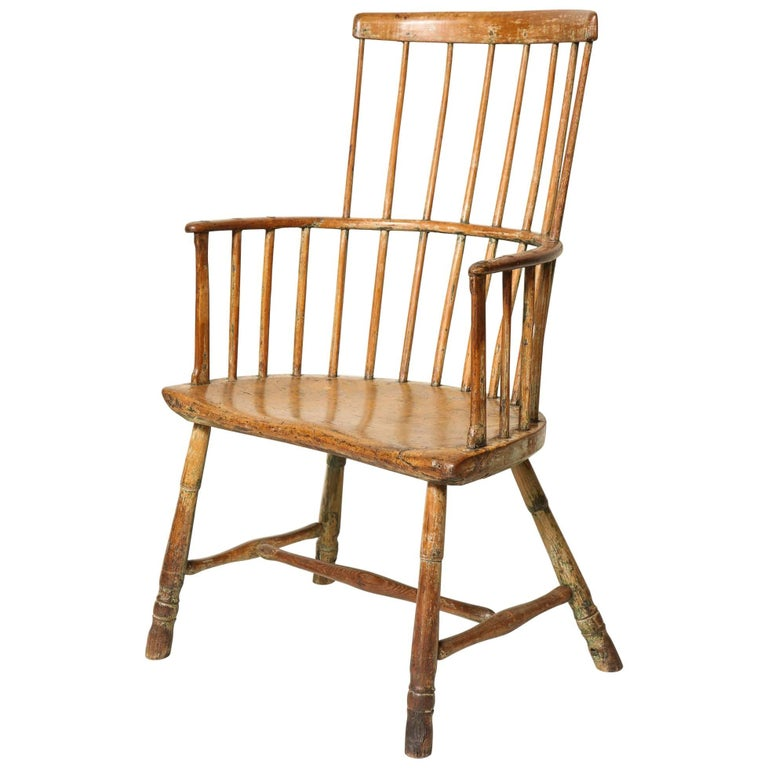 18th Century English Comb Back Windsor Armchair For Sale