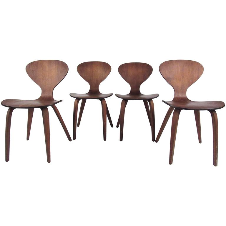 Set of Mid-Century Dining Chairs After Norman Cherner 1