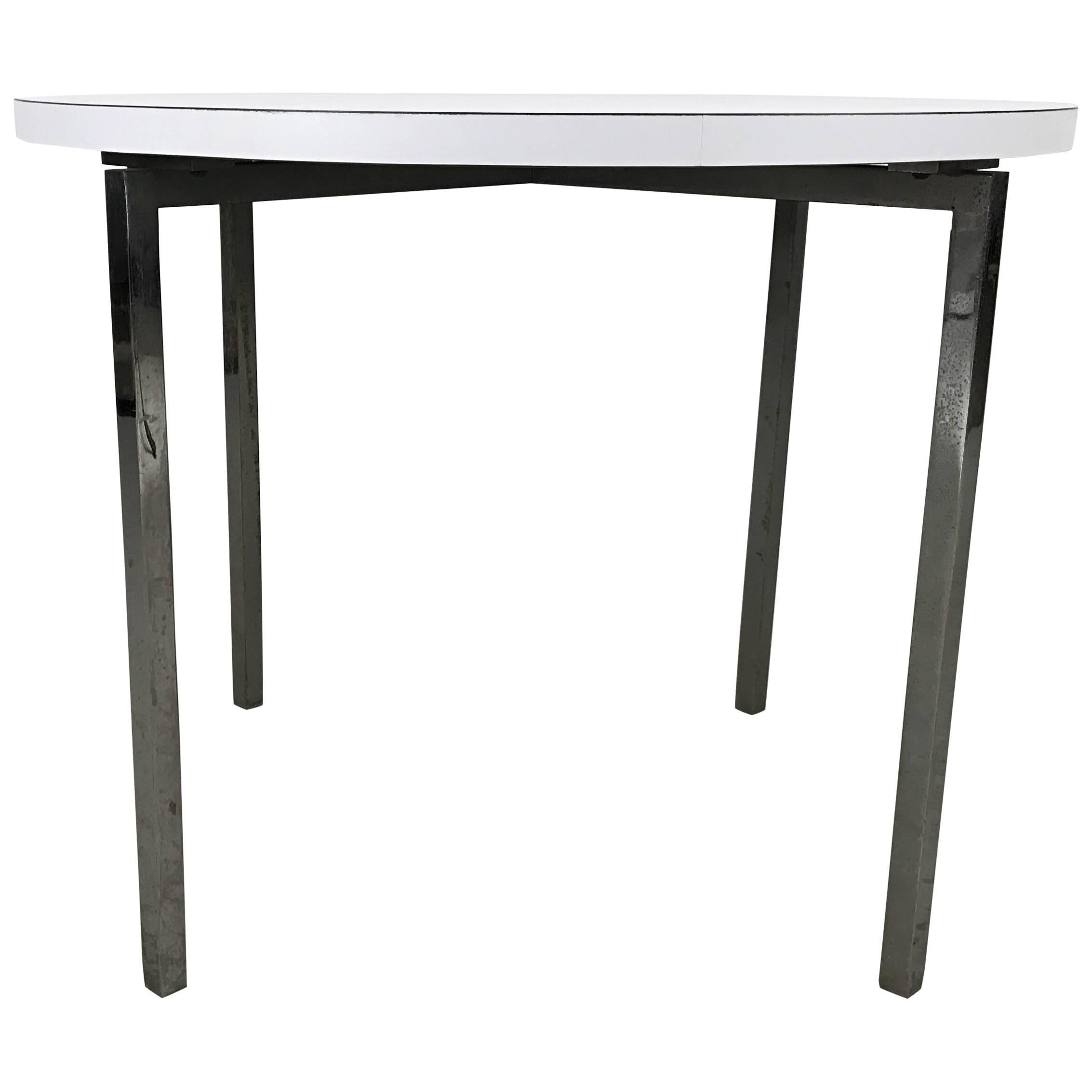 Early Production Florence Knoll End or Occasional Table Knoll, New York