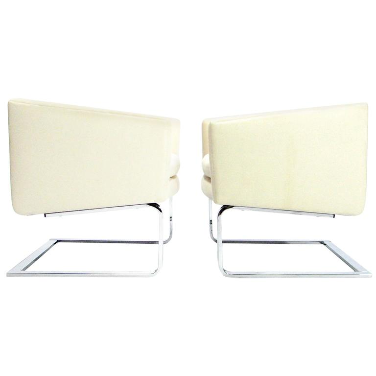 Sculptural Pair of Mid-Century Club Chairs with Chrome Bases and New Fabric For Sale