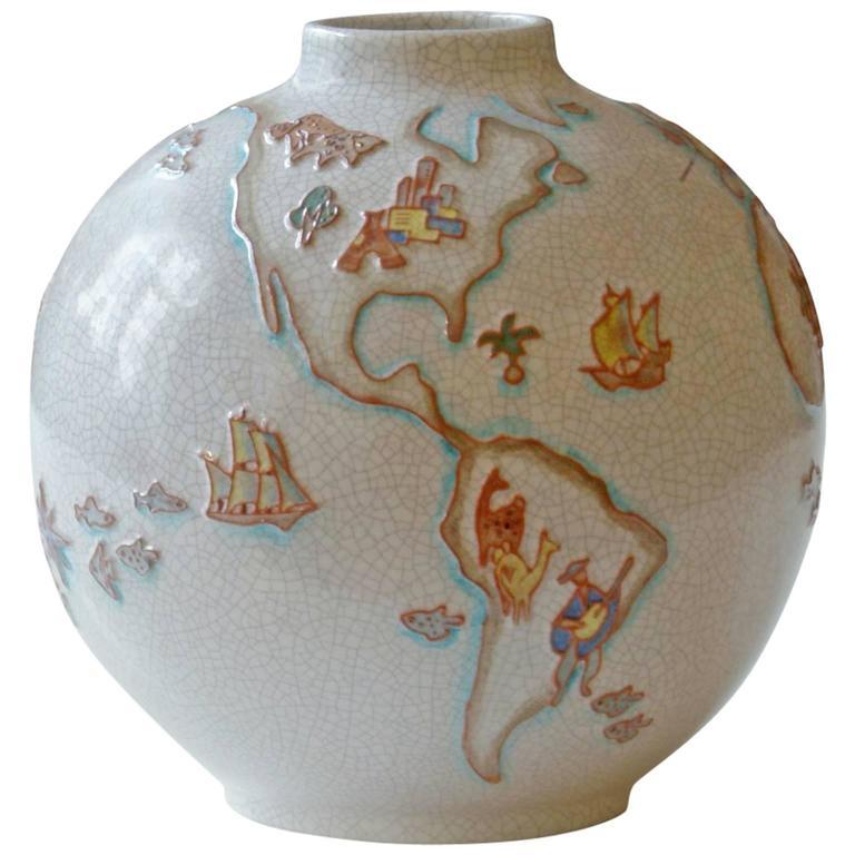 Vase The World.Mid Century Majolica Karlsruhe Vase With Artistic World Map