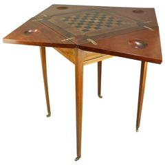 Antique Mahogany English Hepplewhite Style Napkin-Fold Game Table, circa 1910