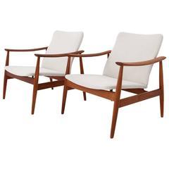 Finn Juhl Classic Model 138 Armchairs in Teak and Fabric