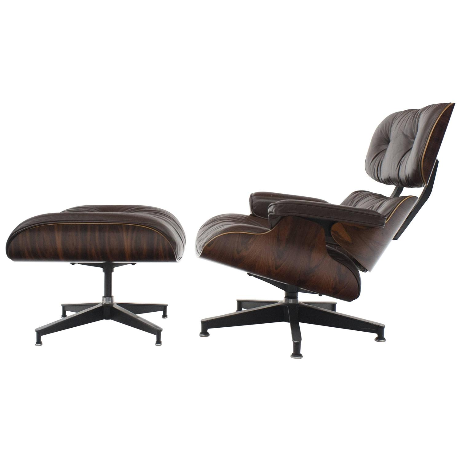 Vintage Rosewood Eames 670 Lounge Chair with Dark Brown Leather at