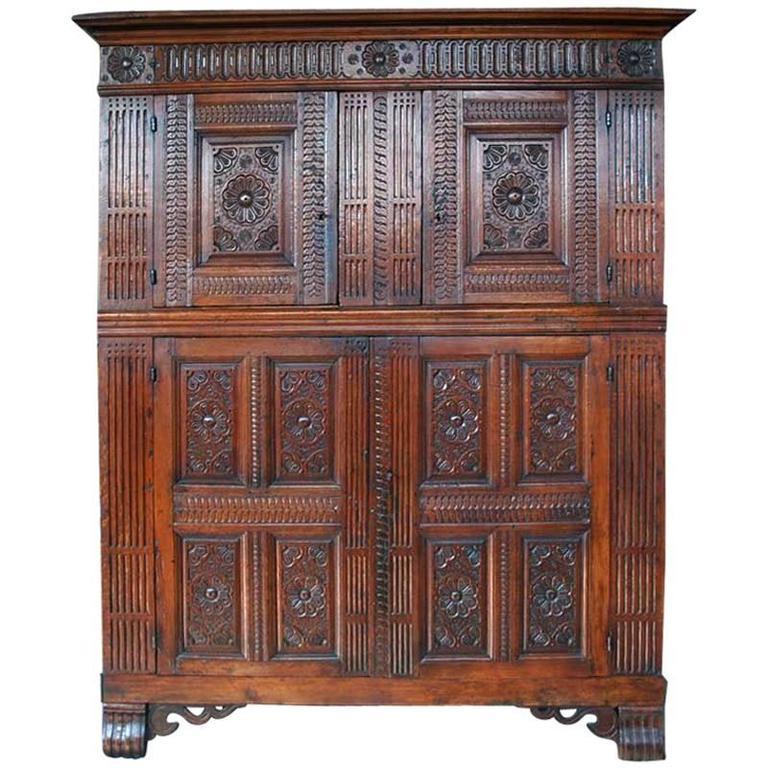 17th Century Flemish Hand-Carved Oakwood Cabinet