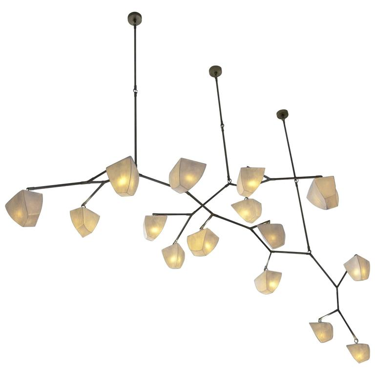 Cassiopeia 15 Porcelain and Brass Mobile Chandelier 1