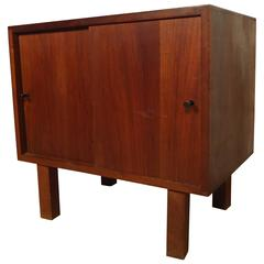 Single Mid-Century Modern Nightstand