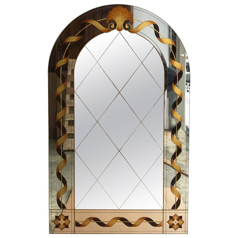 Églomisé Mirror with Shell Motif For Sale
