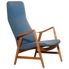 1950s, Beautiful Lounge Chair by Ljungs Industrier Sweden