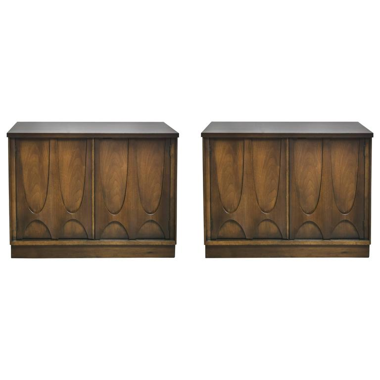 Pair of Broyhill Brasilia Nightstands or End Tables