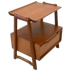 Honduran Mahogany Nightstand or End Table by Hickory Manufacturing