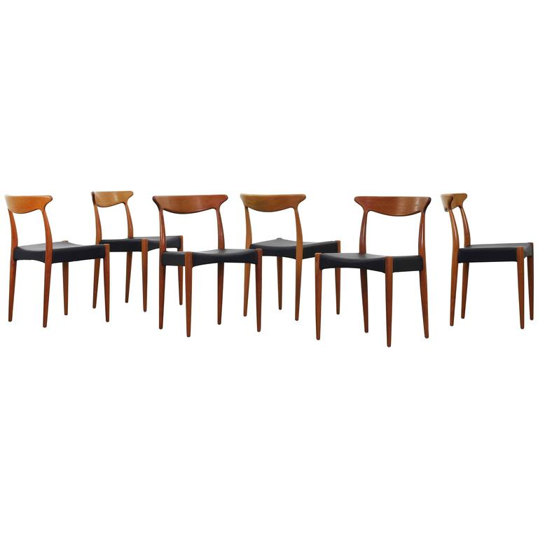 Set of Six Beautiful Dining Chairs by Arne Hovmand Olsen for Mogens Kold