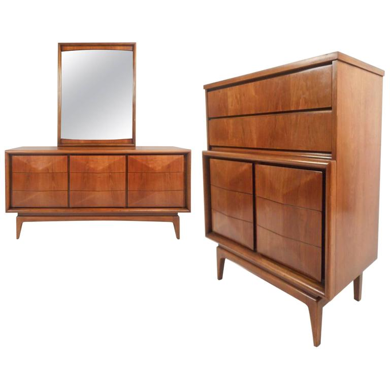 mid century modern bedroom set in the style of vladimir kagan at 1stdibs. Black Bedroom Furniture Sets. Home Design Ideas