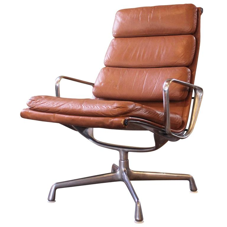 Vintage Herman Miller Eames Aluminium Group Soft Pad Lounge Chair At 1stdibs
