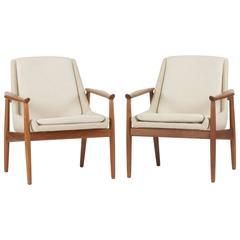 Pair of Teak Lounge Chairs by Arne Vodder