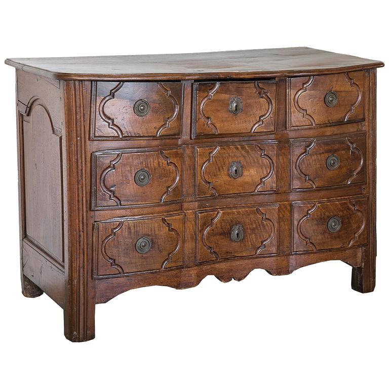 18th Century Five-Drawer Commode with Shapely Front 1