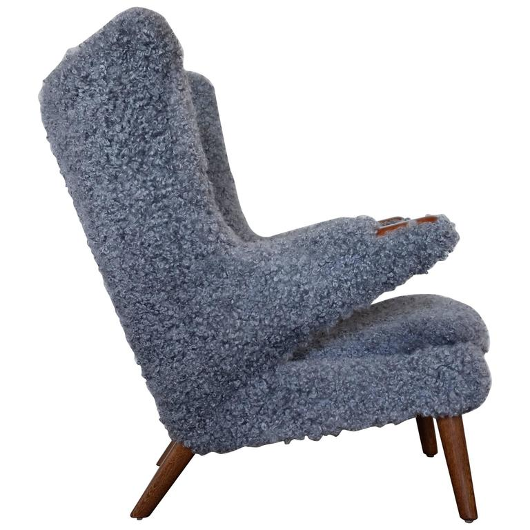 Hans J. Wegner Papa Bear Easy Chair