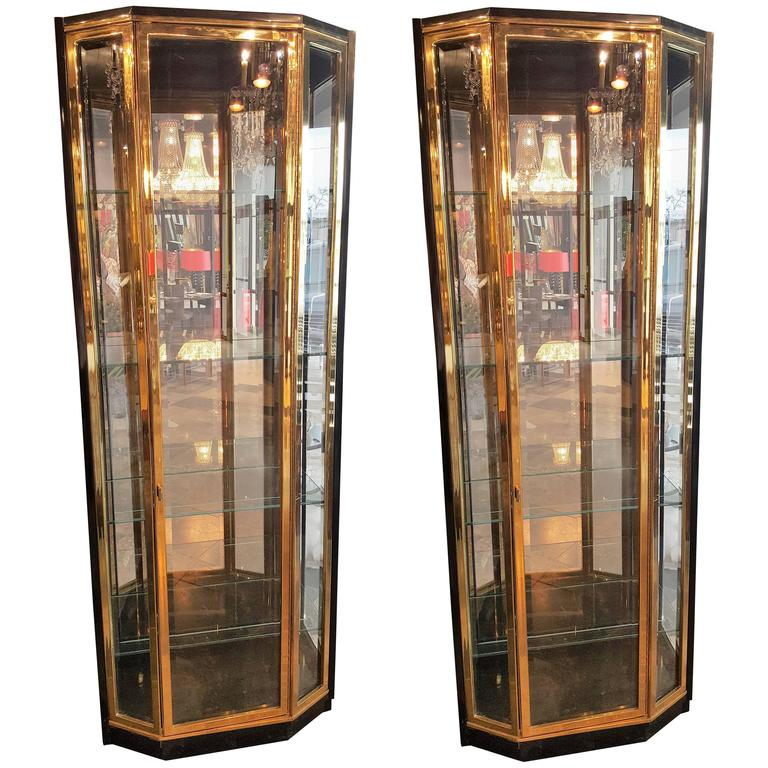 Pair of Mid-Century Brass and Lacquer Display Cabinets by Henredon 1